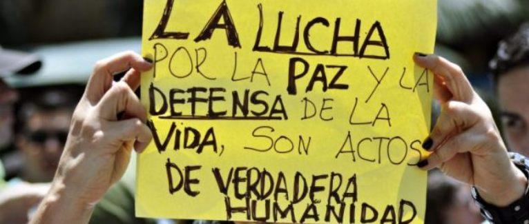 Desconfianza para futuras negociaciones de paz y cuestionamiento internacional a Colombia