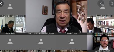 La Fiscalía debe avanzar a la etapa de acusación del exsenador Uribe