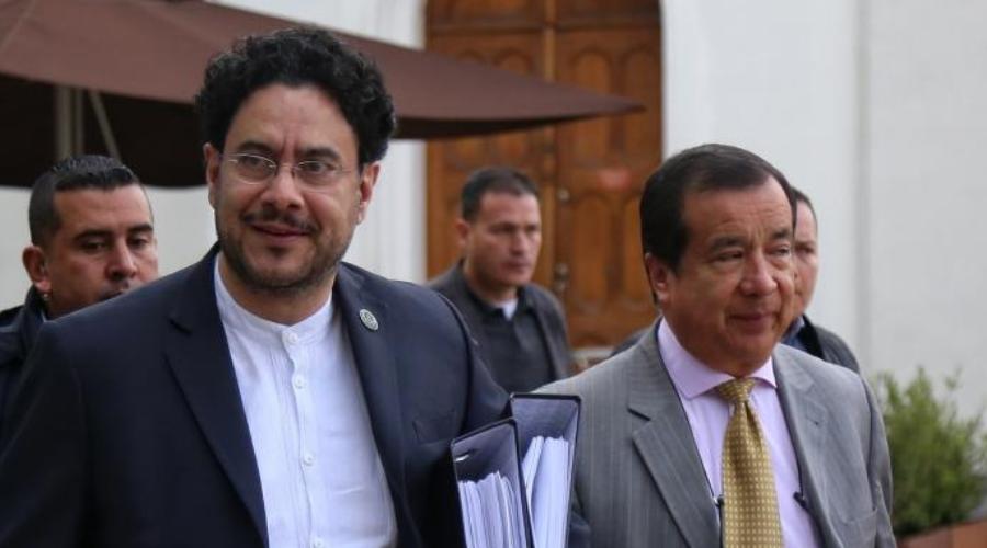 Cuarenta preguntas al fiscal Gabriel Jaimes como constancia histórica en el proceso de investigación contra el exsenador Álvaro Uribe Vélez